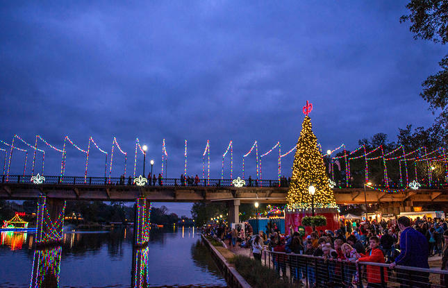 Christmas Lights In Louisiana 2020 Natchitoches Christmas Festival Of Lights Guide
