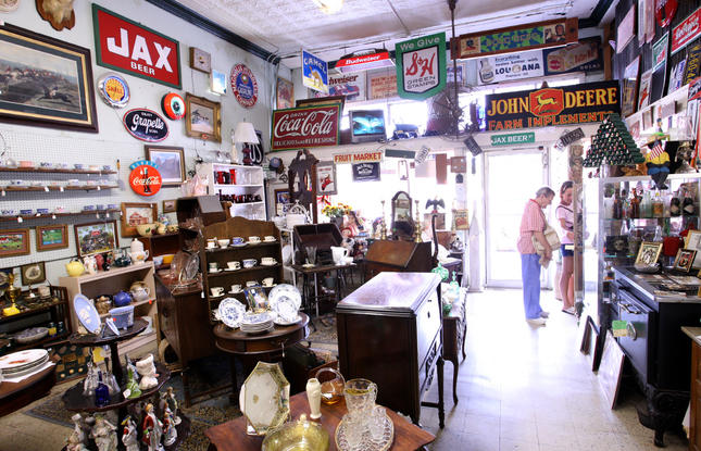Ponchatoula Antiques and Statuary store