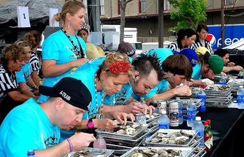 Acme_Oyster_Eating_Contest