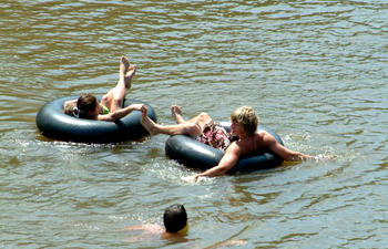 Bogue-Chitto-Tubing2_web.jpg