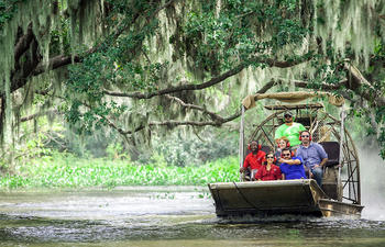 Lafourche-Airboat_tour-web.jpg