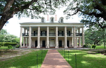 OakAlleyPlantation_01_0.jpg