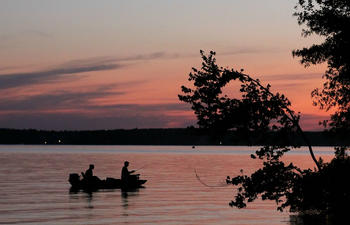 Sunset fishing on Caney Lake by fle-pics.jpg