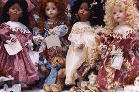 Lois Loftin Doll Museum Photo