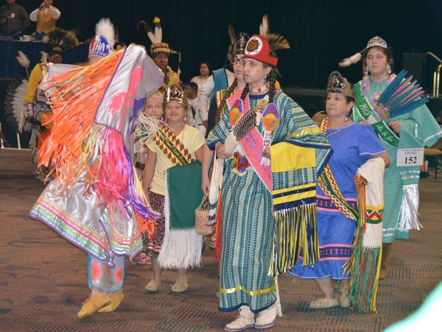 Choctaw-Apache Powwow Photo