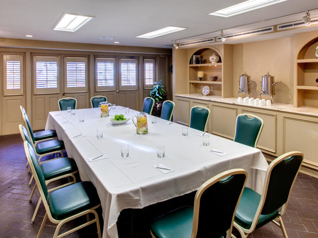 Dauphine Orleans Hotel - Patio Board Room - Meetings and Events
