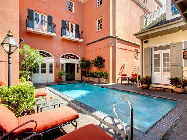 Dauphine Orleans Hotel - Outdoor Courtyard Pool