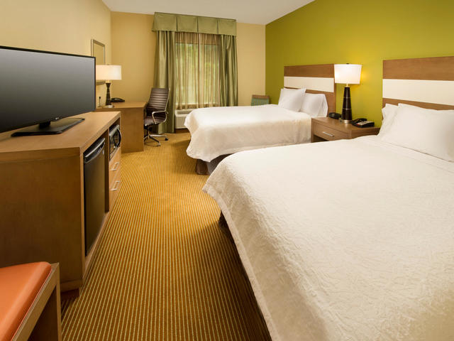 Hampton Inn Lake Charles Photo 4