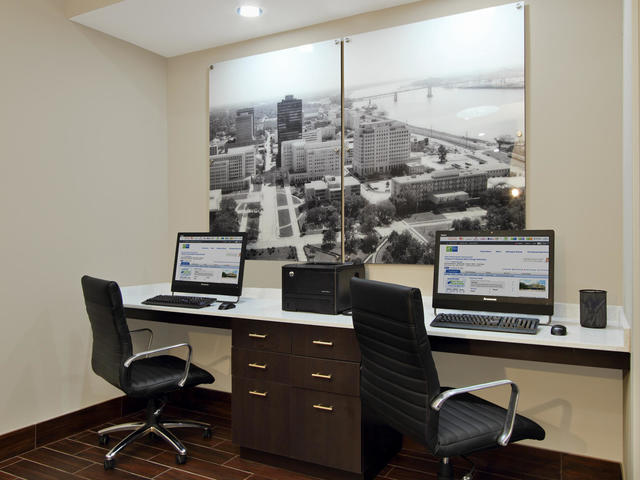 Business Center Area