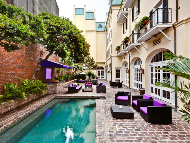 Hotel Le Marais - Pool and Courtyard
