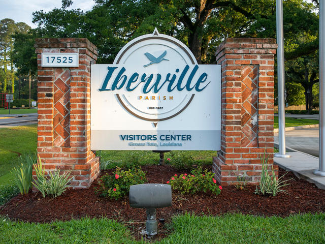 The Iberville Visitors Center – North is located off Interstate 10 in Grosse Tete, Louisiana. The center serves as a gateway to the Atchafalaya Heritage Area and is in the heart of Louisiana's Plantation Country.