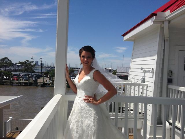 A lighthouse bride!