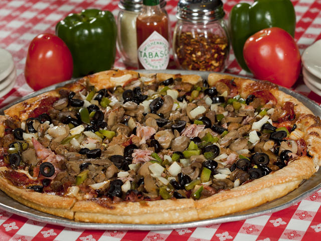 Ericka's Special pizza Photo 4