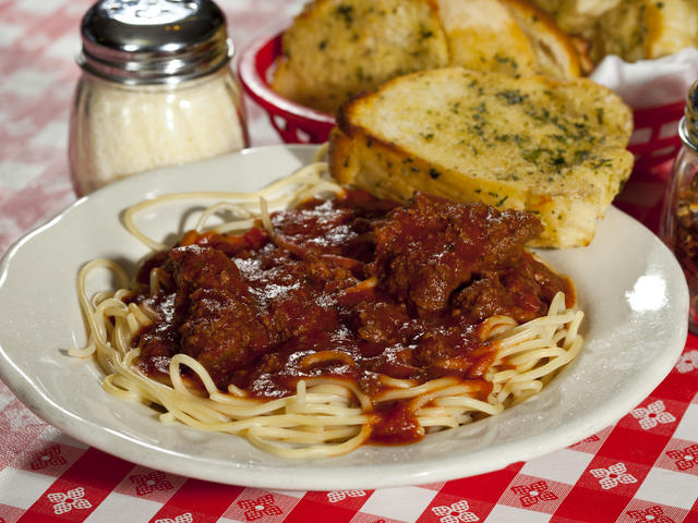 Spaghetti with Meat Sauce Photo 2