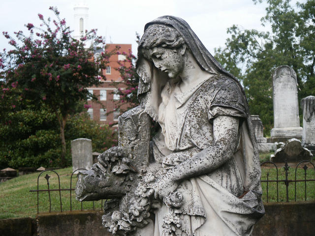 Oakland Cemetery Photo