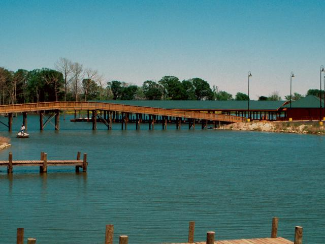 The marina at Poverty Point Reservoir State Park. Photo 2