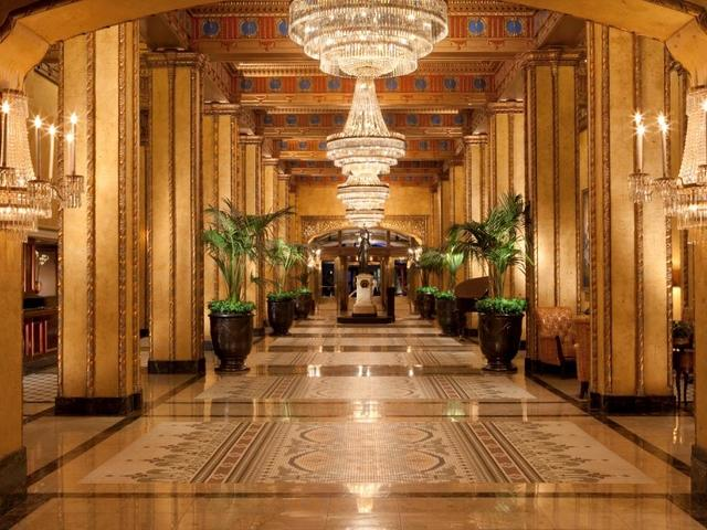 The Lobby of The Roosevelt New Orleans