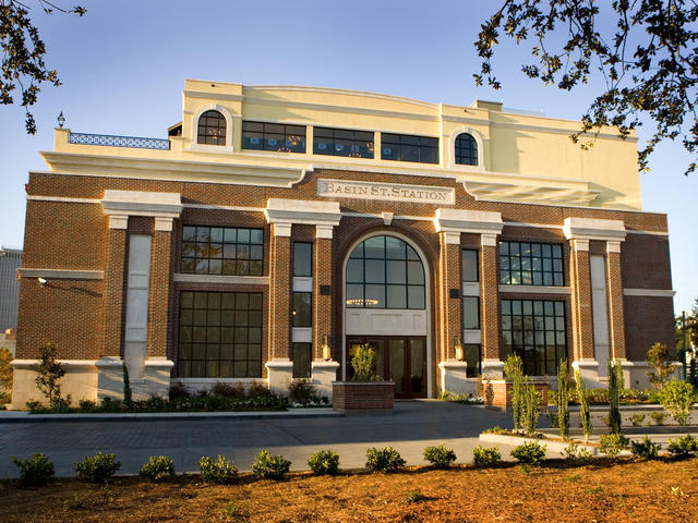 New Orleans Visitor Information & Cultural Center
