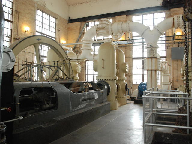 Massive machinery in the main pump house Photo 3