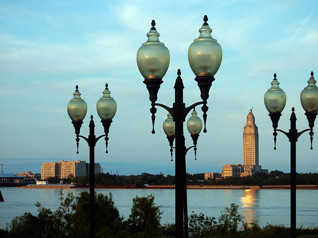 Mississippi River Overlook | Old Ferry Landing view of State Capitol