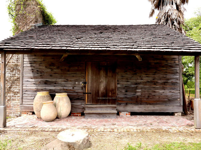 The oldest kitchen in Louisiana at Whitney Plantation Photo 4
