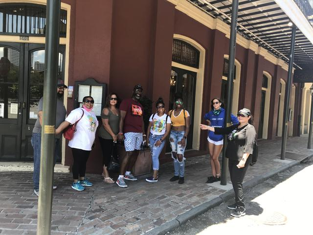 Certified Tour Guide - Walking Tours in French Quarter and Garden District